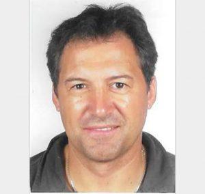 """<a href=""""http://www.maestris-valence.com/richard-gonzalez/"""" target=""""_blank""""><center>Richard Gonzalez</center></a>"""